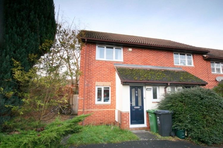 2 Bed End Terraced House For Sale