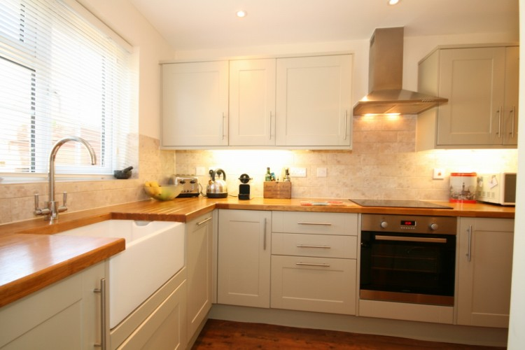 2 Bed Terrace Cottage For Sale