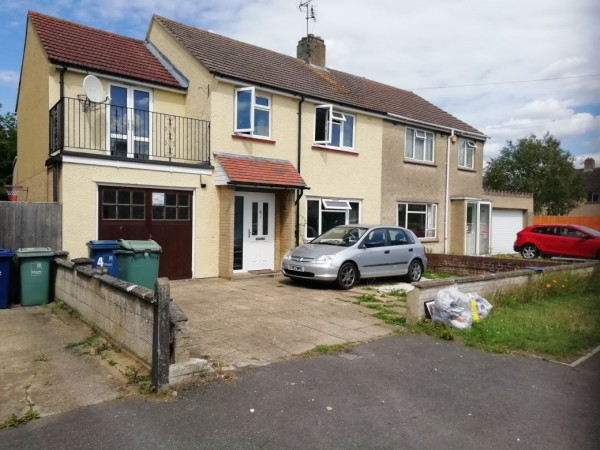 1 Bed Semi-detached House To Rent - Photograph 1