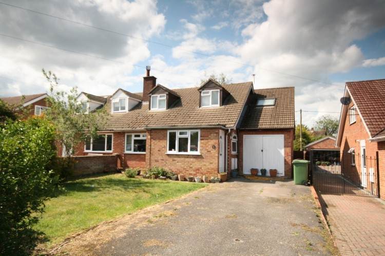 4 Bed Semi Detached House For Sale