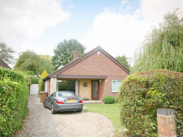 3 Bed Detached House For Sale - Main Image