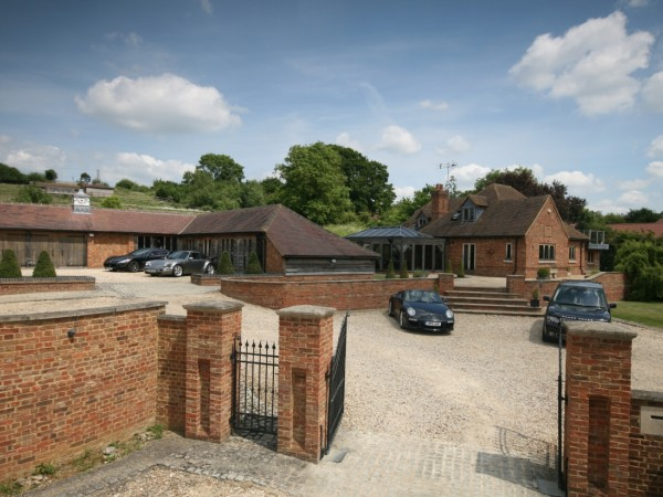 5 Bed Detached House For Sale - Main Image