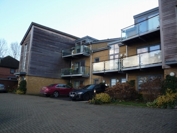 2 Bed Ground Floor Apartment To Rent - Main Image