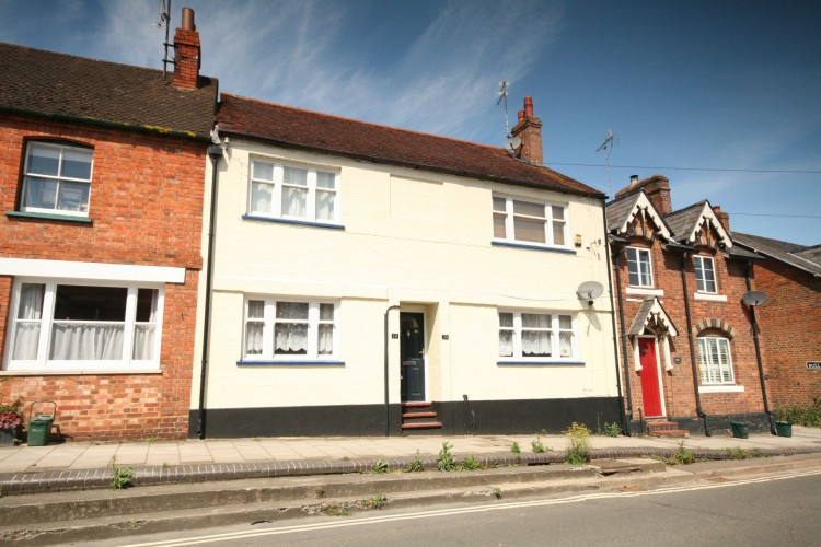 2 Bed Ground Floor Flat/apartment For Sale