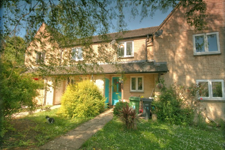 2 Bed Mid Terraced House For Sale
