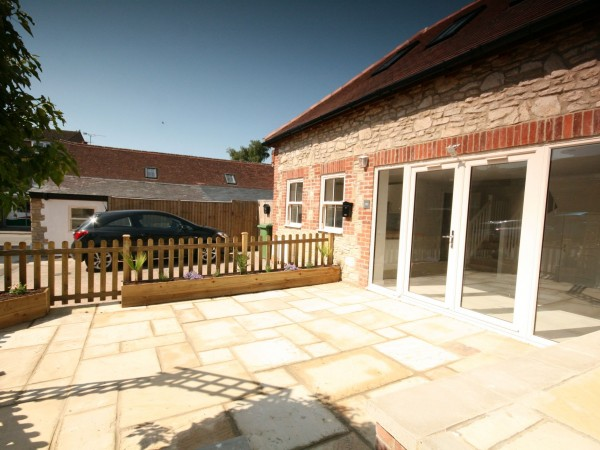 3 Bed Cottage House For Sale - Photograph 4