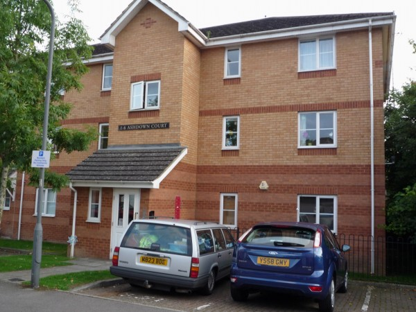 2 Bed First Floor Apartment To Rent - Main Image